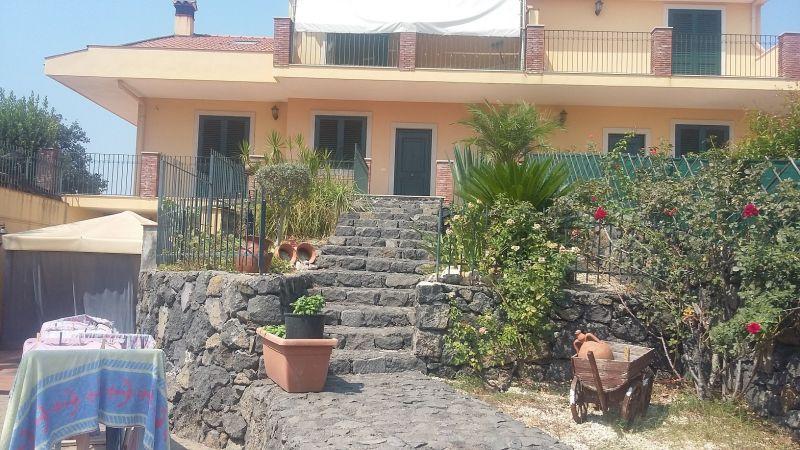 Acireale - Via S. Girolamo