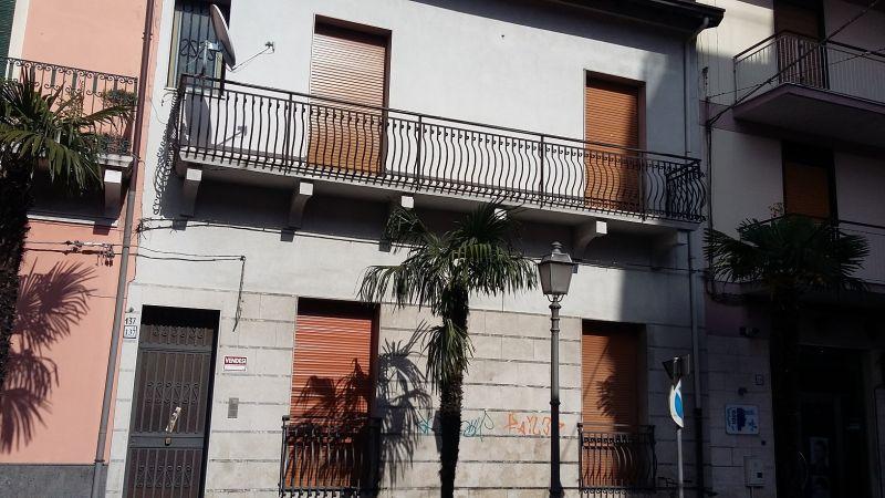 Aci Catena - Via V. Emanuele